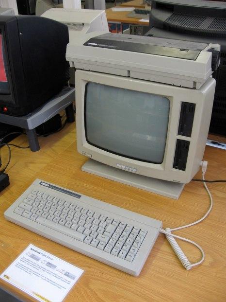 1620px-Amstrad_PCW_8512